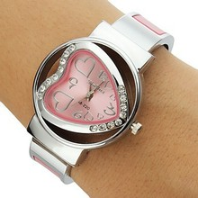 New 2016 Heart Shape sports dress wristwatch ladies bracelets & bangles quartz watch women fashion casual watches montre femme