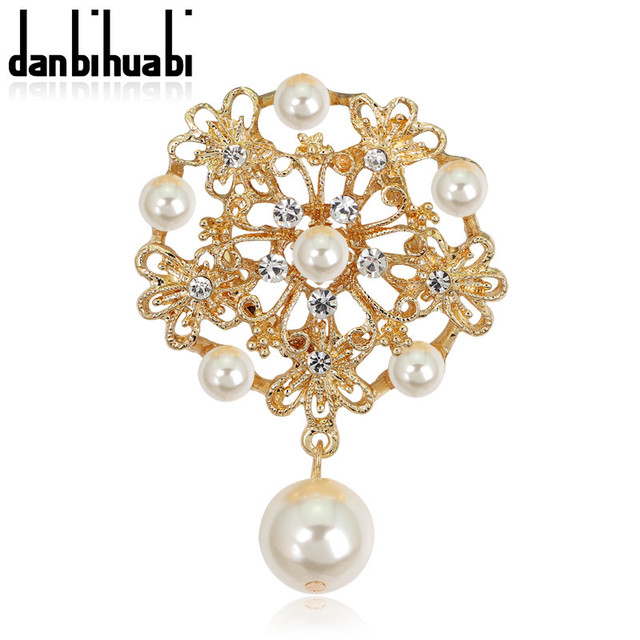 2cac808f5fa 2017 fashion vintage rhinestone brooch gold plate brooch pins for wedding  dress flower pins and brooches for women party