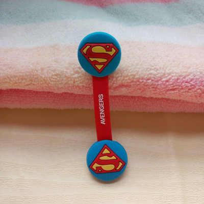 1 ชิ้นขายร้อนการ์ตูน Hero หูฟังหูฟังสายไฟ Organizer ผู้ถือ USB Charger Cable Winder สำหรับ iphone samsung