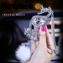 купить Car Decoration Pendant Fashion Crystal Diamond Fur Ball Decor Automobile Rearview Mirror Hanging Ornaments Adornment Accessories по цене 621.35 рублей