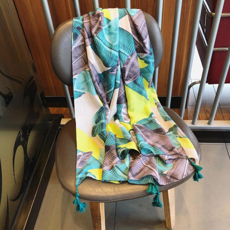 Women Scarves Fashion Summer Leaves Print Cotton Scarf Shawl Long Soft Wrap Tassel Wraps Vacation Female Pashmina Shawls