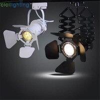https://ae01.alicdn.com/kf/HTB14YLzcL5TBuNjSspcq6znGFXaQ/VINTAGE-barndoor-LED-5-W-cob-LED-LED.jpg