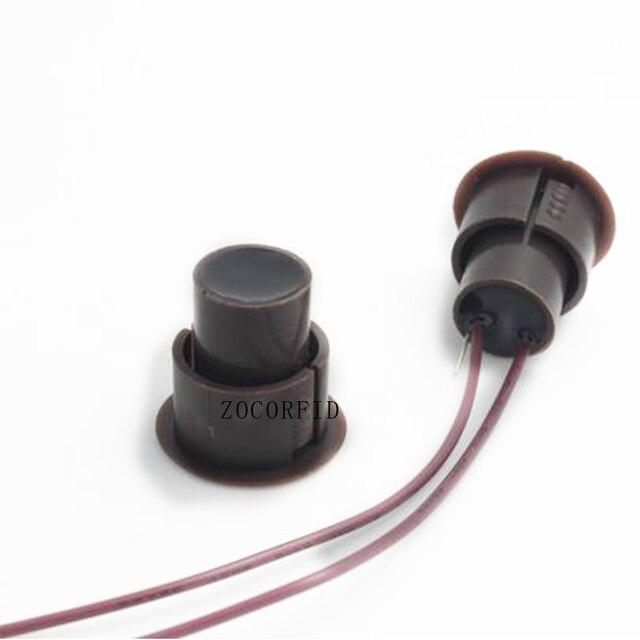 Brązowy kolor przewodowy przełącznik magnetyczny Alarm otwartych drzwi ukryte instalacji NC wyjście przekaźnikowe czujnik magnetyczny