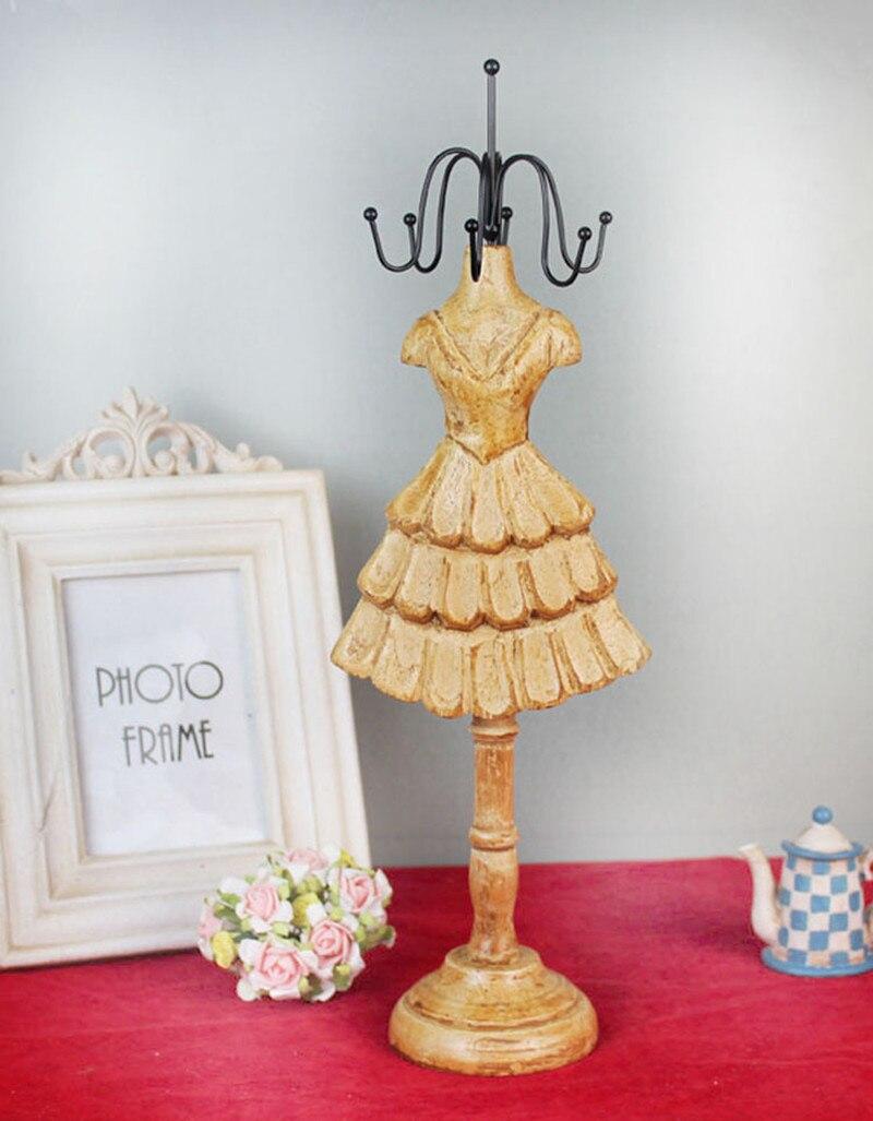 New Arrival 1pc 12*8*37cm Vintage Wooden Jewelry Holder Home Decoration Crafts Retro Girl Fancy Pincess Dress Desk Decoration