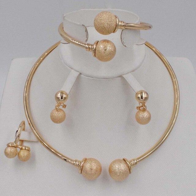 חדש אופנה דובאי זהב תכשיטי סטי אלגנטי קו קריסטל סטי תכשיטים ניגרי חרוזים אפריקאים עיצוב
