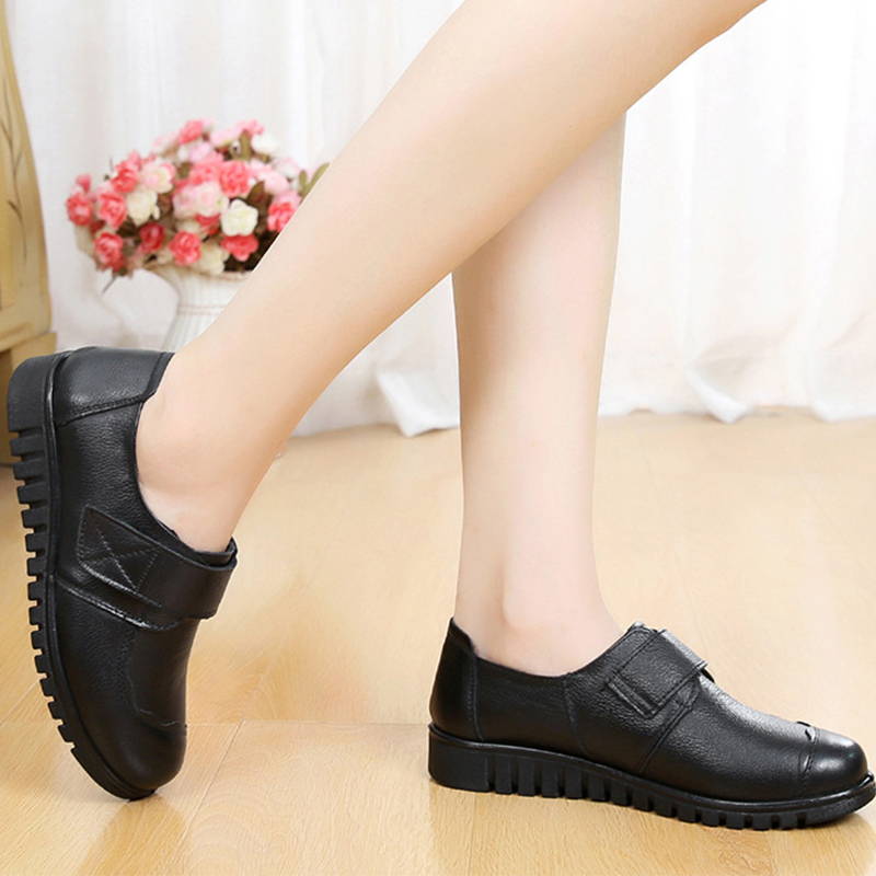 Image 4 - 2019 fashion ladies flats casual shoes round toe big size 35 41 sewing genuine leather shoes women sapato feminino-in Women's Flats from Shoes