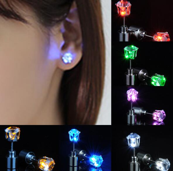 Light-up Toys 100 Pair =200 Pcs Hot Sale New Dazzling Earring Ear Stud Cool Colorful Led Luminous For Dj Dance Party Bar Yh1224 Vivid And Great In Style