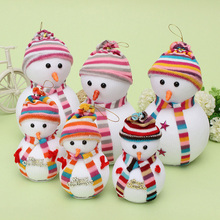 New Fashion Design 17/26cm Foam Christmas Hanging Snowman with Scarf Hat for Wall Door Christmas Tree Decorate Ornament Gift