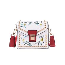 2017 High Quality PU Leather Ladies Messenger Bags Small Flowers Embroidery Women Crossbody Bags Fashion Women Shoulder Handbags