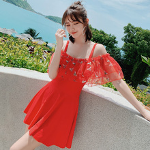 2019 Woman Plus Size Swimsuit One Piece Red Ruffle Bathing Suit for Women Bee Embroidery Swimming Vintage Bather Female Swimwear