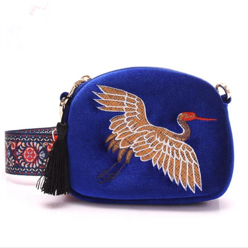Winter New design mini Shell bag velvet tassel clutch bag Hand embroidery Cranes