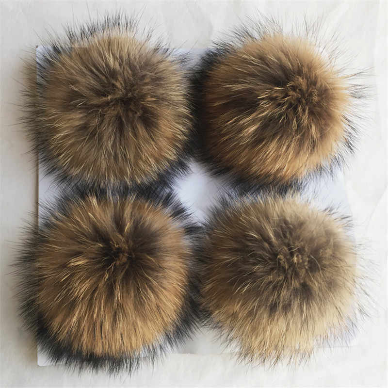 15cmReal Raccoon Fur Pom Pom with Button for Knitted Fur Hat Beanie Hats fur pompom for Winter Woman Hats