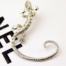 Korean version of the popular nightclub ear clip Shiny rhinestone rose gold exaggerated gecko lizard earrings European and