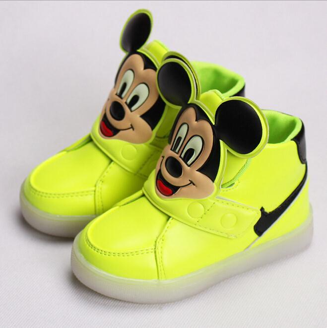 eb125e2500 2016 masculino feminino criança esporte sapatos criança tênis de marca  respirável luz luminosa sapatos de corrida individuais botas frete grátis  em Sapatos ...