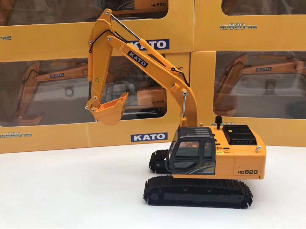 Kato HD820 Metal Trek Excavator Exact 1/40 Scale Die-Cast Model