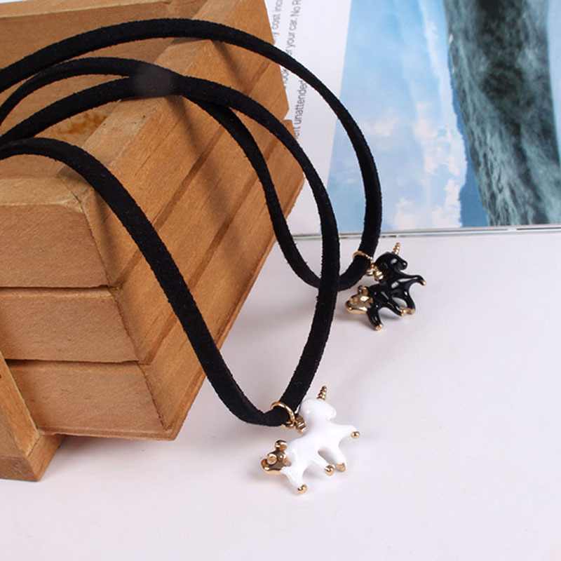 2018 Hot Punk Velvet Rope Cute Necklace Unicorn Horse Pendant Choker Necklace Women Fashion Harajuku Party Jewelry Accessories