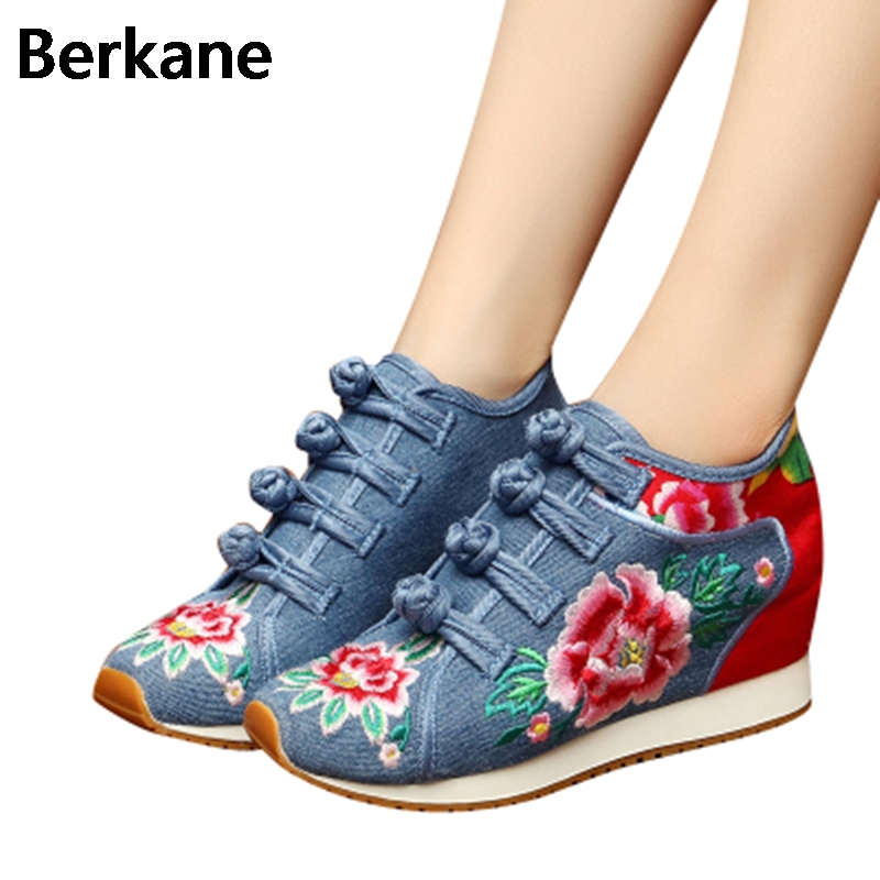 2017 Old Beijing Hidden Height Cloth Embroidery Elevator Shoes Wedges Women Floral Ethnic Denim Canvas Casual Lady Zapatos Mujer vintage embroidery women flats chinese floral canvas embroidered shoes national old beijing cloth single dance soft flats