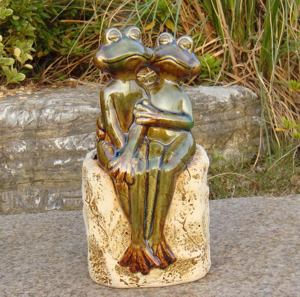Porcelain Frog Couple Figurine Plant Pot Decorative Ceramics Flower