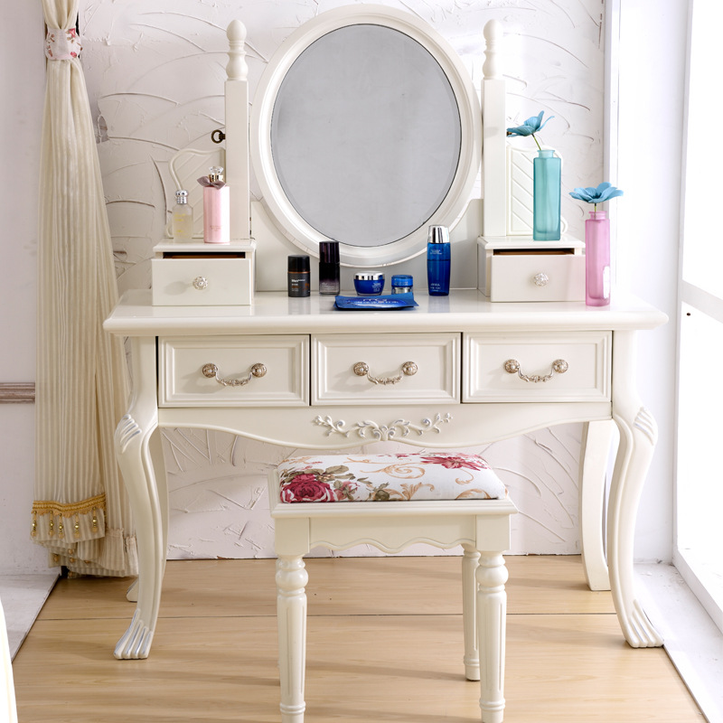 European style bedroom, ivory, white, French dressing table ...