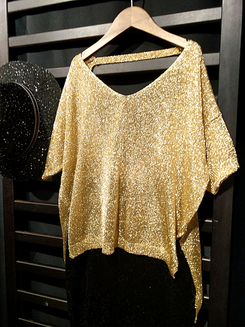 New Women knit shirts Shiny Sequin Batwing Short Sleeve Tees V neck  Backless T shirts ladies 677c4f57e677