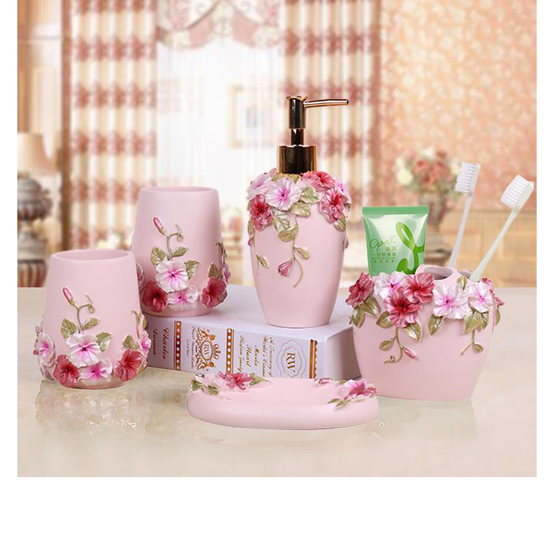 Beautiful Floral Butterfly Resin Bathroom accessories Shower Set of 5pcs Soap Dispenser Toothbrush Holder Tumbler Soap