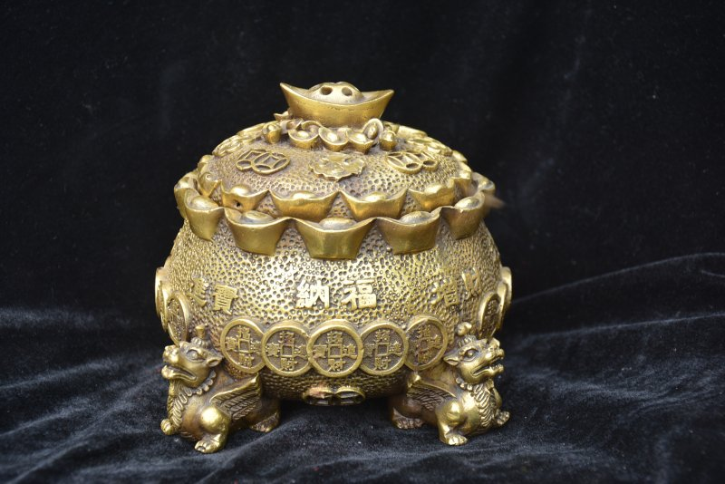 Antique MingDynasty copper beast&money jar,blessing jar,Hand-carving crafts,Collection&Adornment,Free shippingAntique MingDynasty copper beast&money jar,blessing jar,Hand-carving crafts,Collection&Adornment,Free shipping