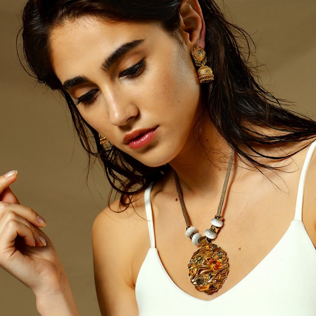 Hot Viennois Coffee Gold Color Round Pendant Necklace For women Large Crystal Multicolor Austrian Rhinestone Opal Stone Jewelry