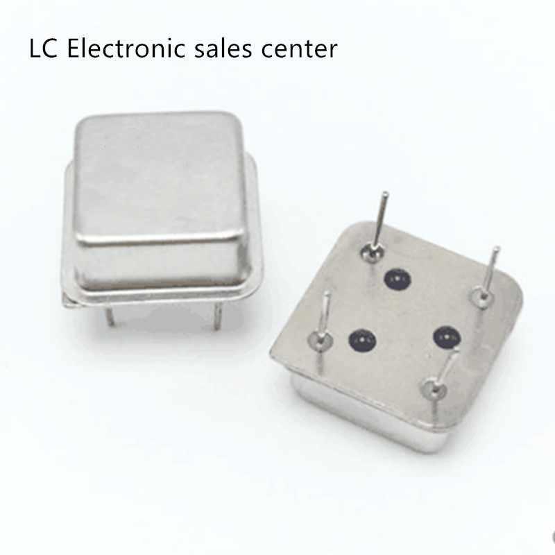 10 個 9.8304mhz 9.8304m 3.3v-5vインラインアクティブ水晶発振器時計スクエアハーフサイズdip-4 osc