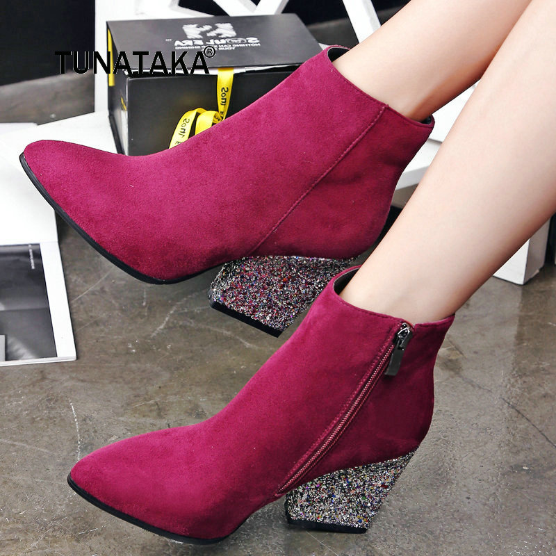 все цены на Faux Suede Bing Square High Heel Woman Ankle Boots Fashion Pointed Toe Ladies Boots Black Red Gray