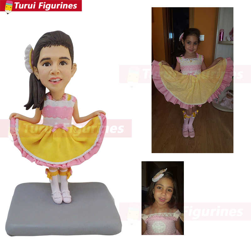 Фигурка танцующей девочки миниатюрный дизайн под заказ подарок на день рождения