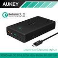 Aukey 30000 mah carga rápida 3.0 2.0 doble salida usb portátil powerbank móvil cargador de batería externa para el iphone samsung lg