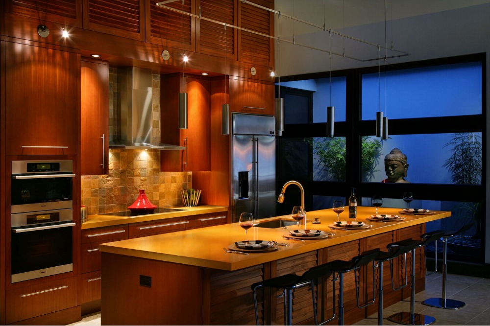 2017 Solid Wood Kitchen Cabinets Retail Wholesales  Customized Made Brown Color Traditional Wooden Cabinets S1606131