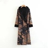 new 2018 Spring fashion trench coat women velvet kimono floral print Faux fur collar Long Coat
