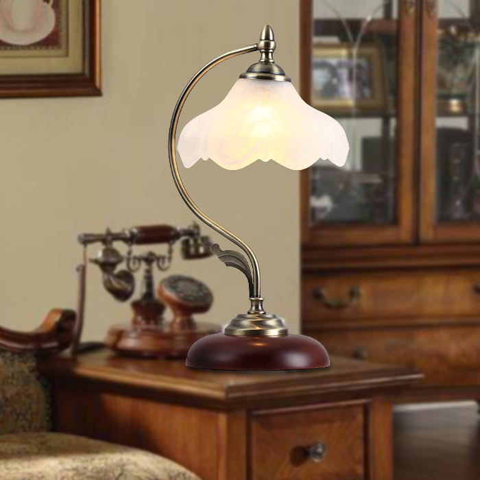 Continental retro classic living room table lamp bedroom bedside lamp dimming lights wood study for Wooden table lamps for living room
