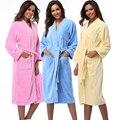 Mulheres Vestes 2016 Mornas do Inverno do Algodão Sleepwear Robe Quimono Mulher Hotel Spa Roupão camisola Pijama Sólida Manga Longa de Pelúcia Macia