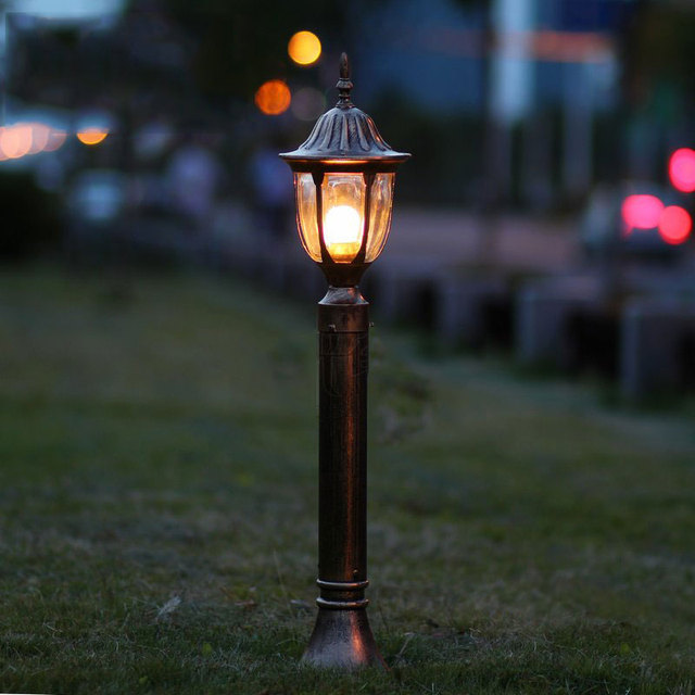 Fashion garden lawn lamps vintage outdoor lights backyard lawn fashion garden lawn lamps vintage outdoor lights backyard lawn bollards decoration lighting wcs oll002 audiocablefo