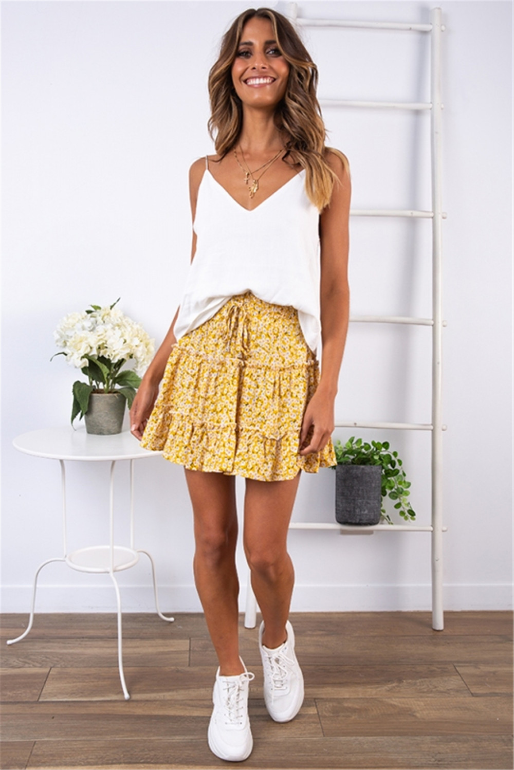 HTB14 g8NhTpK1RjSZR0q6zEwXXaJ - Sexy Women Fashion High Waist Frills Skirt for Women Broken Flower Half-length Skirt Printed Beach A Short Mini Skirts New