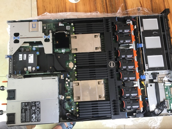DELL R630 serveur carte mère 0 CNCJW avec carte réseau h330 495 w double puissance
