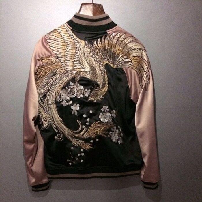 Mens Japanese Embroidered Sukajan Souvenir Flight Jacket Bomber Birds Coat Chic Men Jackets