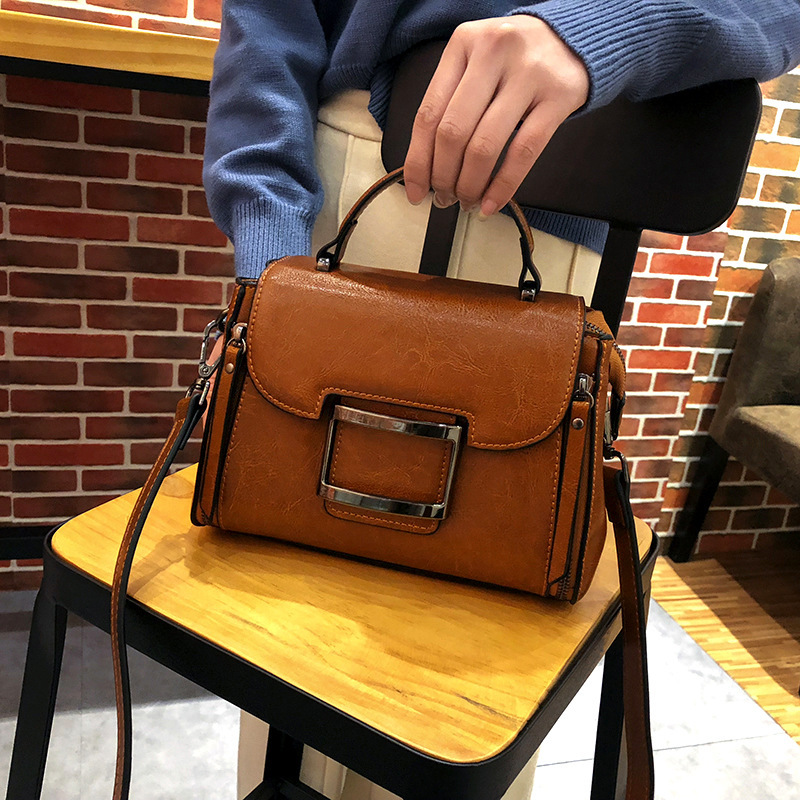 LKX Guangzhou 2018 New Pattern Genuine Leather Woman Package Wax Oil Cowhide Package Fashion Hundred Take The Hand Handbag цена