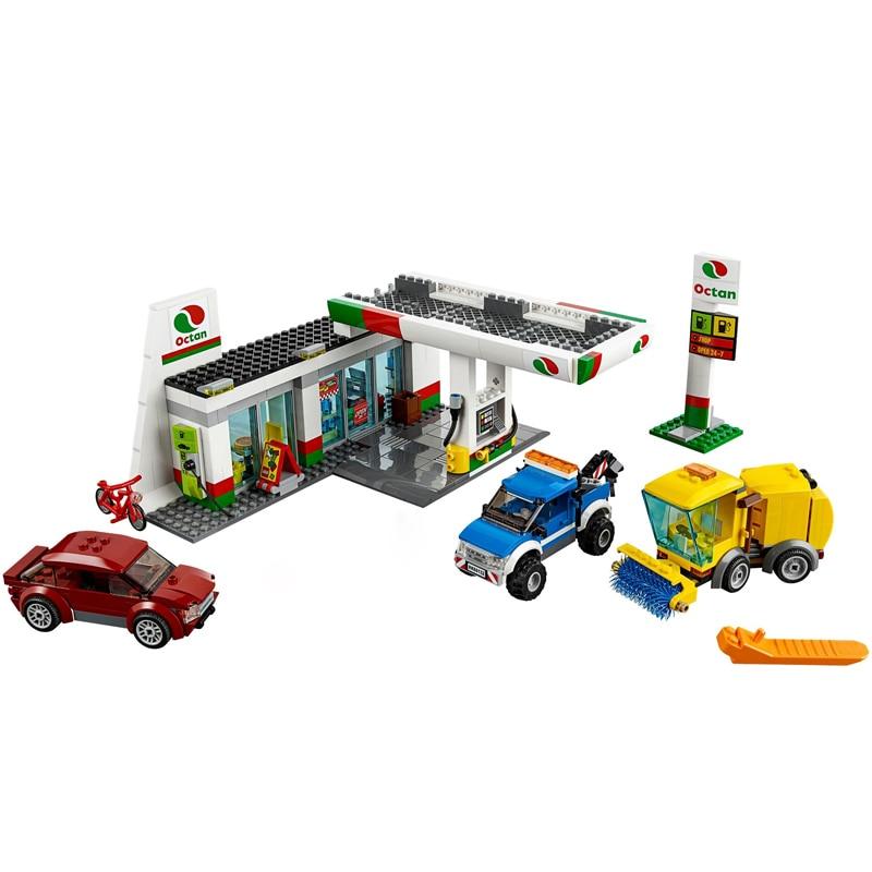 Service Area Gas Station Building blocks bricks 540pcs new no box