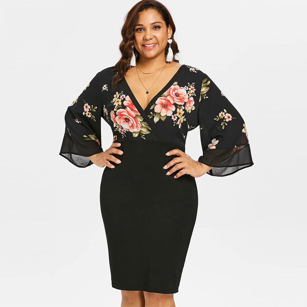 Rosegal Plus Size Bell Sleeve Low Cut Floral Bodycon Dress Women Plunging Neck 3/4 Sleeve Summer Dresses Party OL Dress Vestidos