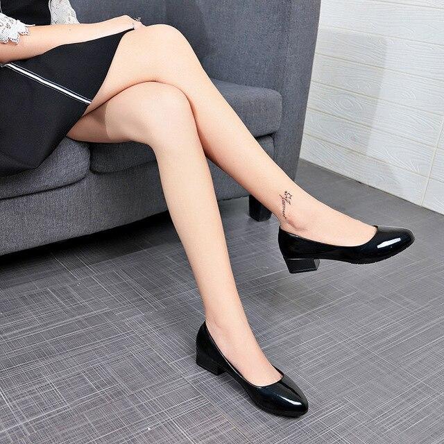 Модная Женская рабочая обувь, женские туфли-лодочки на высоком квадратном каблуке, удобная черная обувь