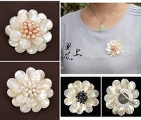 Natural shell pearl flower brooch fashion