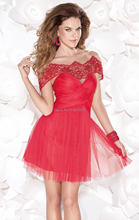 Tarik Ediz 2015 Neue Kleider kurz Flügelärmeln Backless Red Tüll Verschönert Cocktailkleid