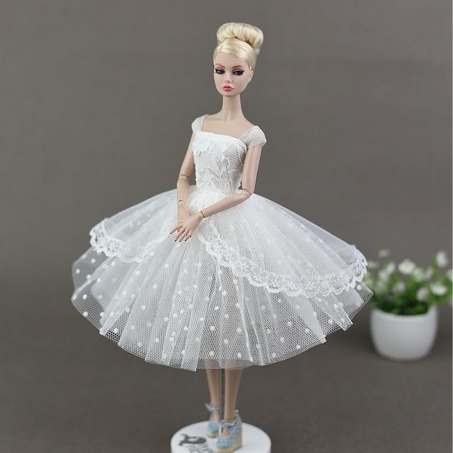 Baru Buatan Tangan Putih Hitam Gelembung Rok Putri Gaun Pernikahan Gaun  Pakaian Baju Boneka Aksesoris untuk 76b342eaaf