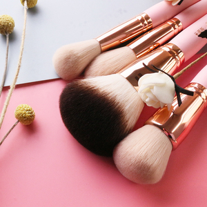Image 5 - Professionelle 12 stücke set Rosa Make Up Pinsel Mit Goldenen Leder Tasche Hohe Qualität Make Up Tools Eye Make up Pinsel