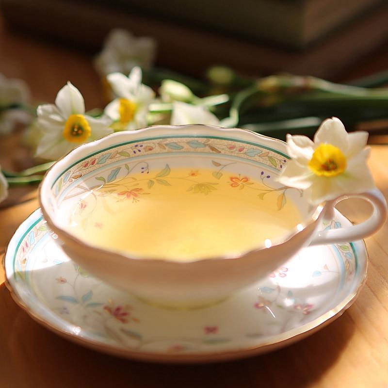 Eiropas karaliskās kaula Ķīnas kafijas tases apakštasītes Lielbritānijas keramikas tases Pēcpusdienas tējas kaulu porcelāna tasīte ar rokām