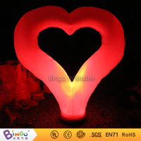 Heart inflatable valentines heart light up Column for valentine decoration with colors changing