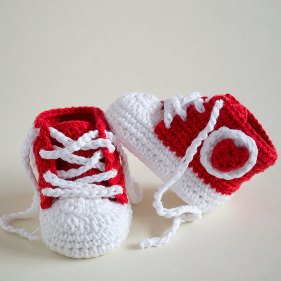 Baby-Sneakers-Crochet-Baby-Shoes-Baby-Shower-Gift-size-9cm-10cm-11cm.jpg_640x640 (3)